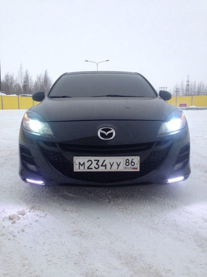 Подержанный Mazda 3, отличное состояние, черный , 2011 года выпуска, цена 590 000 руб. в ао. Ханты-Мансийском Автономном округе - Югре