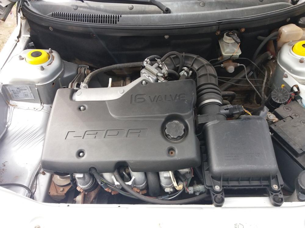 Подержанный ВАЗ (Lada) 2110, среднее состояние, серебряный металлик, 2004 года выпуска, цена 78 000 руб. в Саратове