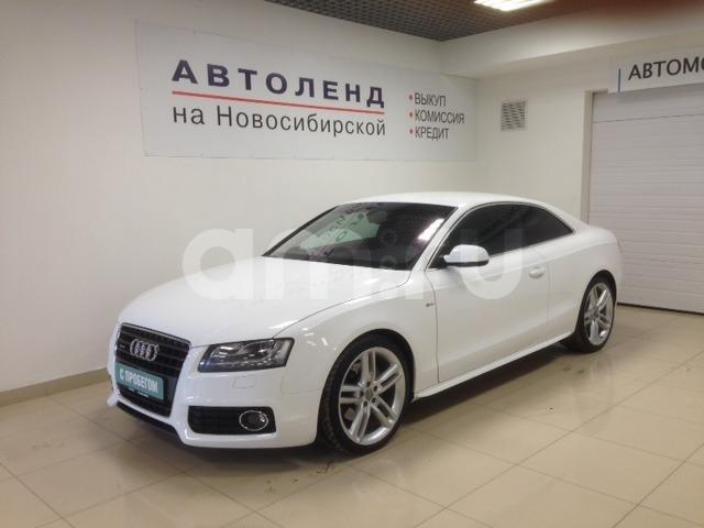 Audi A5 с пробегом, белый , отличное состояние, 2010 года выпуска, цена 899 000 руб. в автосалоне Автоленд на Новосибирской (Екатеринбург, ул. Новосибирская Вторая, д. 8)