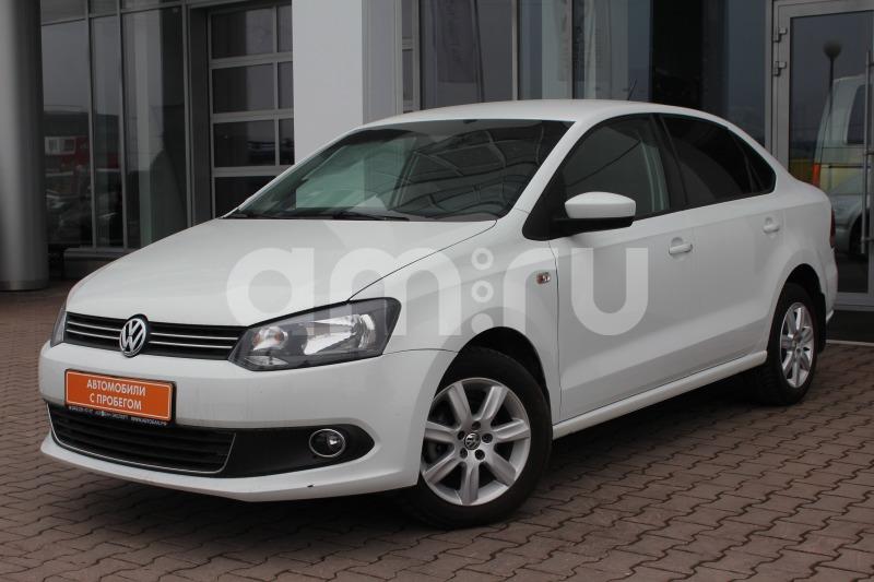 Volkswagen Polo с пробегом, белый , отличное состояние, 2015 года выпуска, цена 549 000 руб. в автосалоне  ()