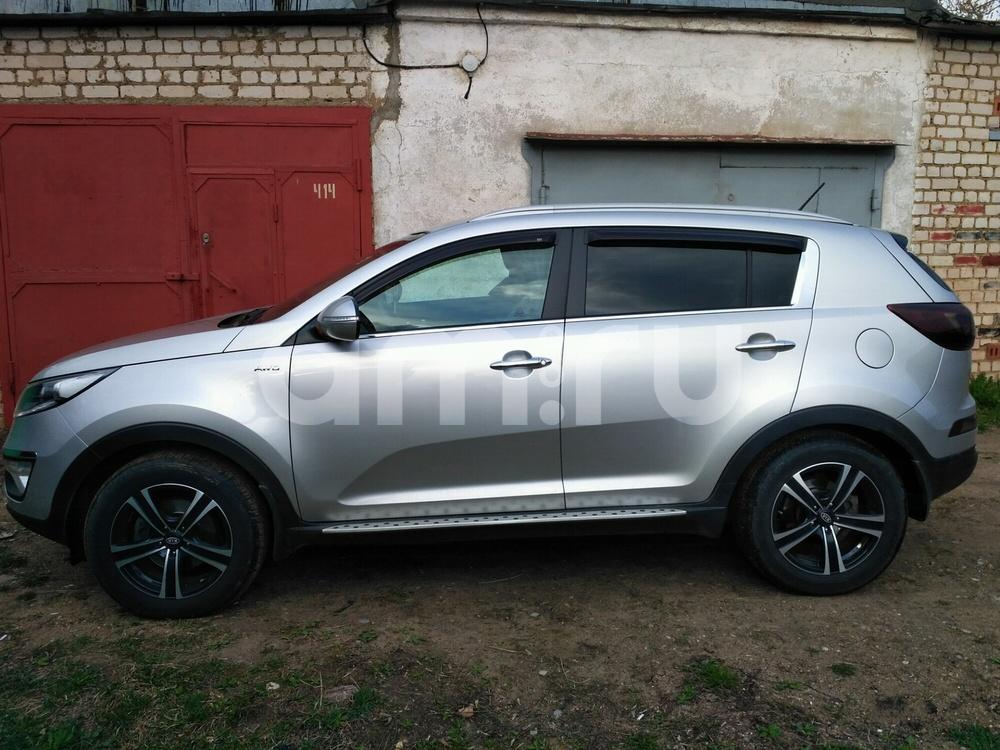 Подержанный Kia Sportage, отличное состояние, серебряный , 2013 года выпуска, цена 1 030 000 руб. в Тверской области