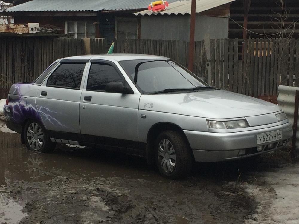 Подержанный ВАЗ (Lada) 2110, отличное состояние, серебряный , 2003 года выпуска, цена 120 000 руб. в Саратове