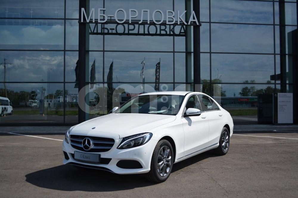 Новый авто Mercedes-Benz C-Класс, белый металлик, 2016 года выпуска, цена 2 110 000 руб. в автосалоне  ()