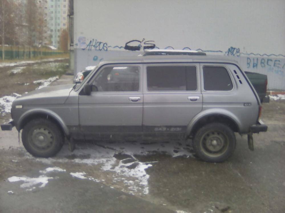 Подержанный ВАЗ (Lada) 4x4, хорошее состояние, мокрый асфальт , 2010 года выпуска, цена 220 000 руб. в ао. Ханты-Мансийском Автономном округе - Югре