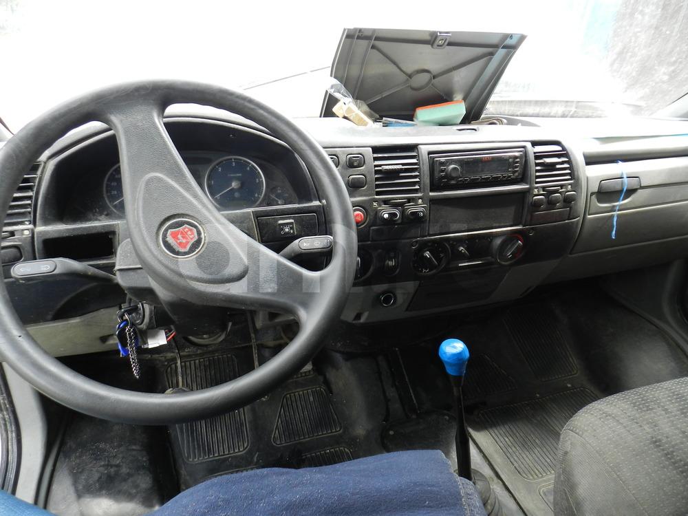 Подержанный ГАЗ Газель, среднее состояние, белый , 2007 года выпуска, цена 250 000 руб. в Екатеринбурге