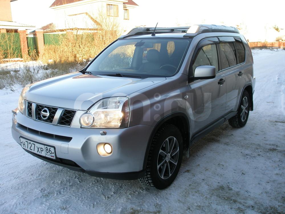 Подержанный Nissan X-Trail, отличное состояние, серебряный металлик, 2008 года выпуска, цена 700 000 руб. в ао. Ханты-Мансийском Автономном округе - Югре