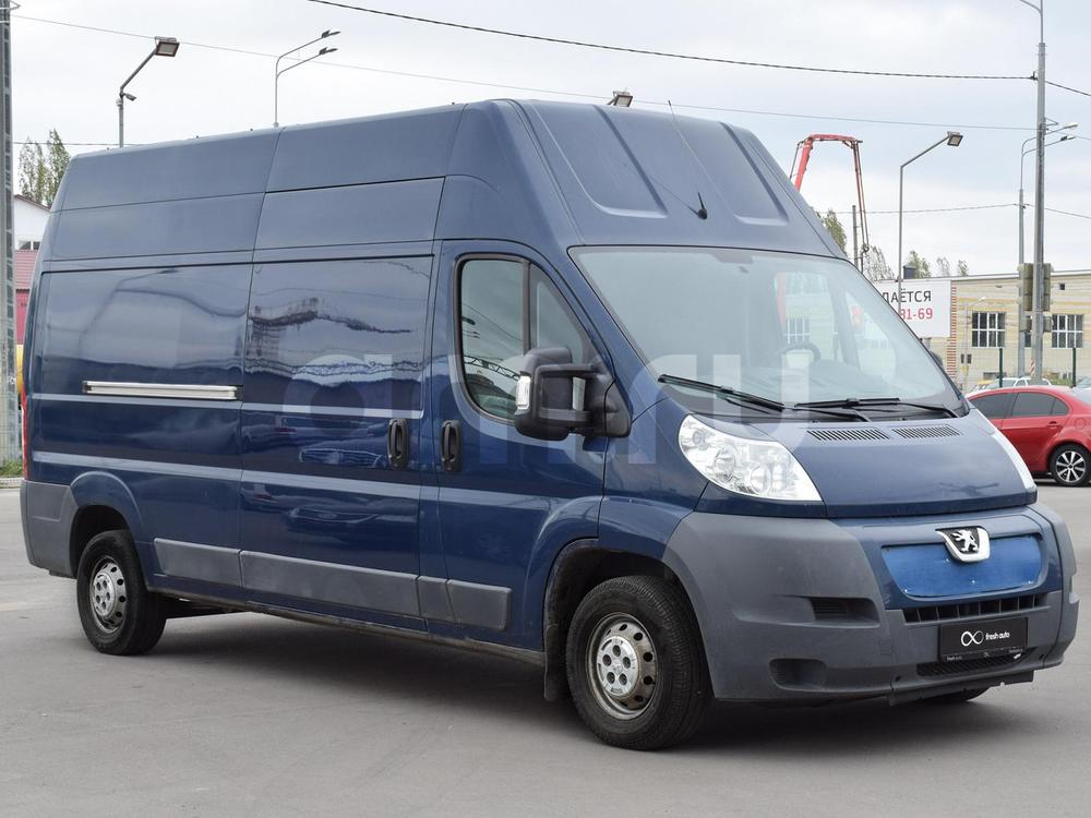 Peugeot Boxer с пробегом, синий , отличное состояние, 2010 года выпуска, цена 759 000 руб. в автосалоне  ()
