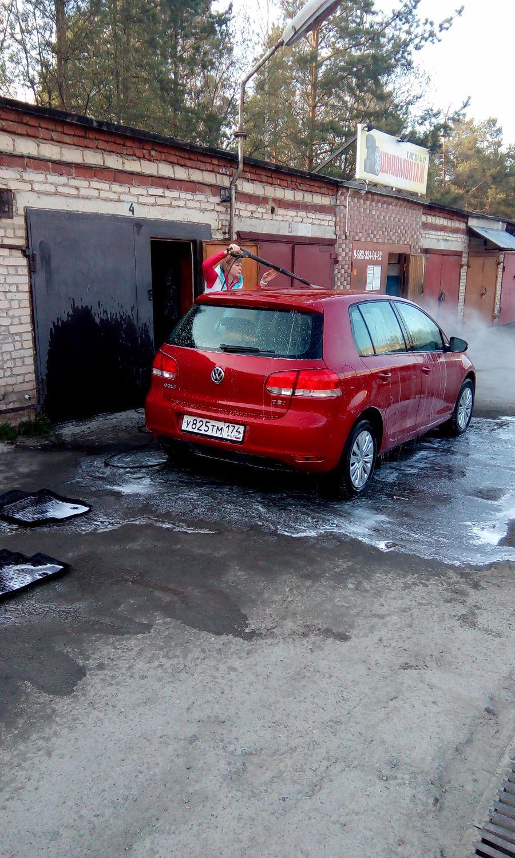 Подержанный Volkswagen Golf, отличное состояние, бордовый , 2010 года выпуска, цена 515 000 руб. в Челябинской области