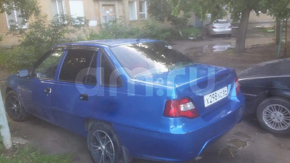 Подержанный Daewoo Nexia, хорошее состояние, синий , 2012 года выпуска, цена 175 000 руб. в Саратове