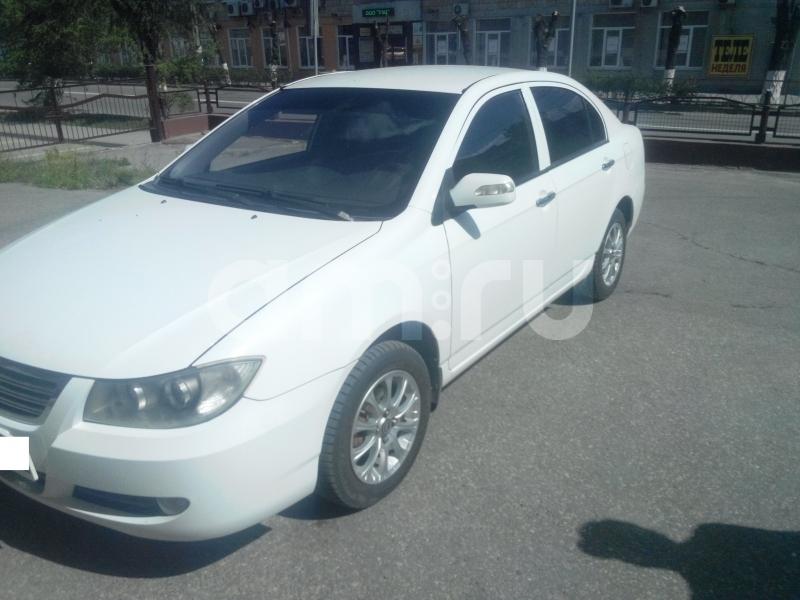 Lifan Solano с пробегом, белый , отличное состояние, 2010 года выпуска, цена 285 000 руб. в автосалоне  ()