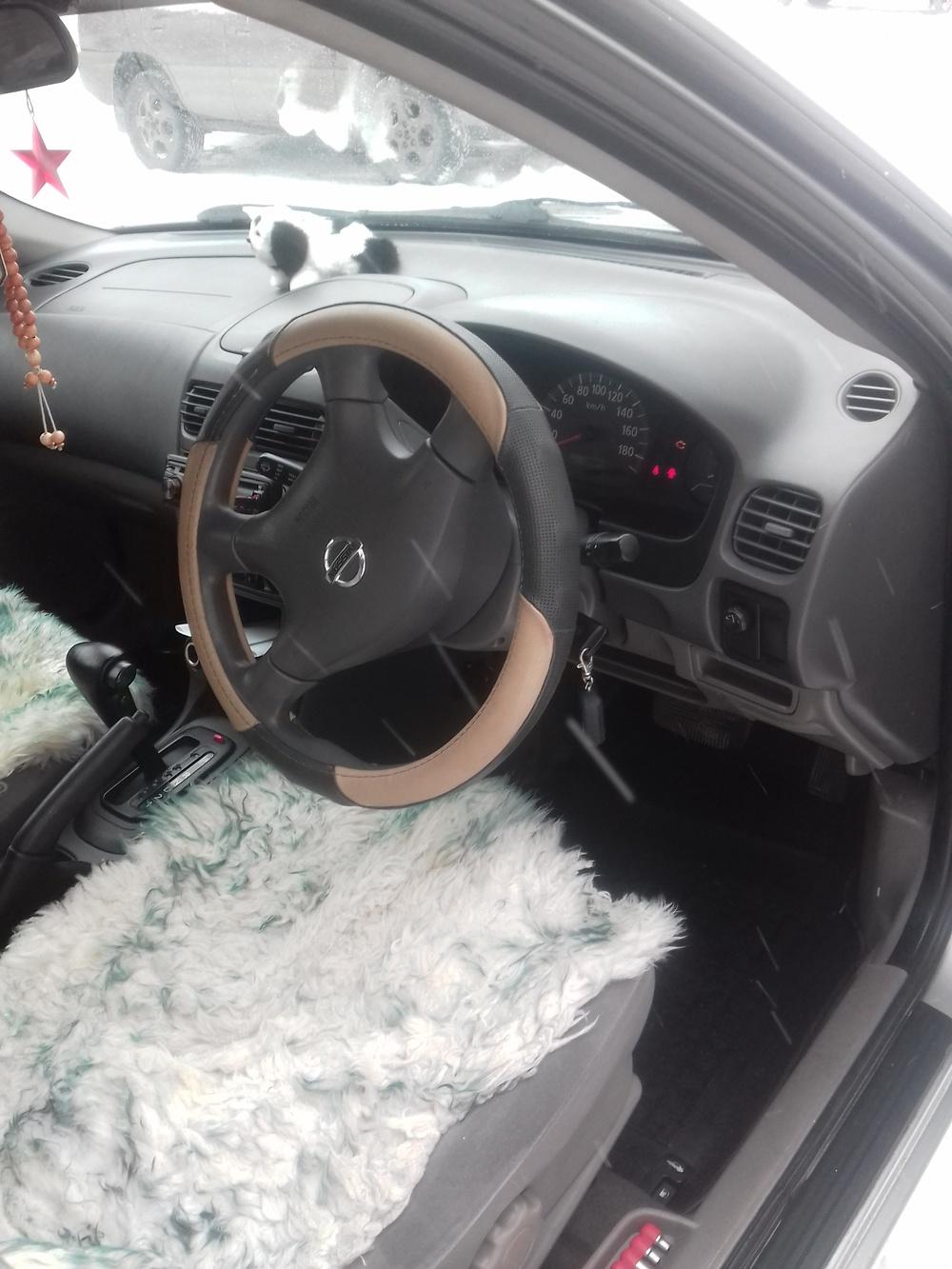 Подержанный Nissan Sunny, хорошее состояние, серый , 2003 года выпуска, цена 210 000 руб. в ао. Ханты-Мансийском Автономном округе - Югре
