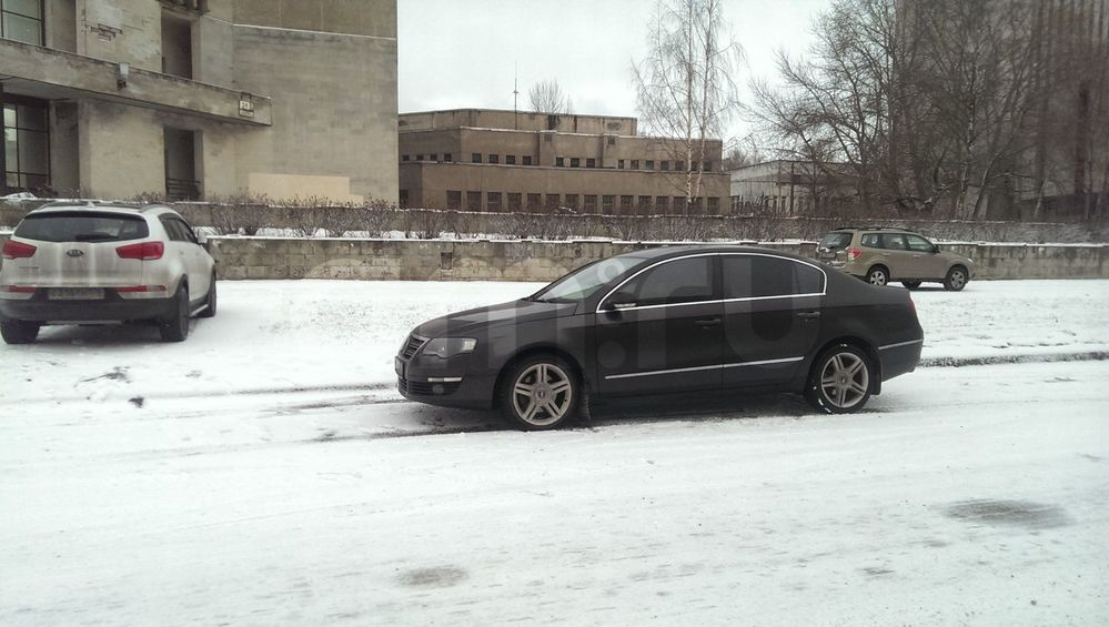 Подержанный Volkswagen Passat, отличное состояние, коричневый , 2007 года выпуска, цена 400 000 руб. в Санкт-Петербурге