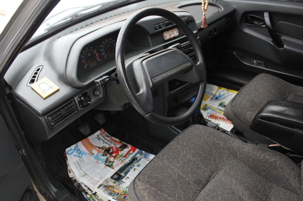 Подержанный ВАЗ (Lada) 2114, хорошее состояние, серебряный , 2009 года выпуска, цена 118 000 руб. в Тверской области