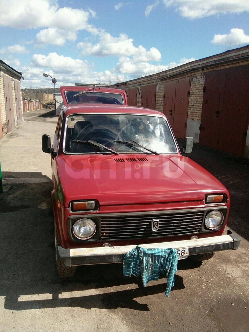 Подержанный ВАЗ (Lada) 4x4, отличное состояние, красный матовый, 1997 года выпуска, цена 135 000 руб. в Пензенской области