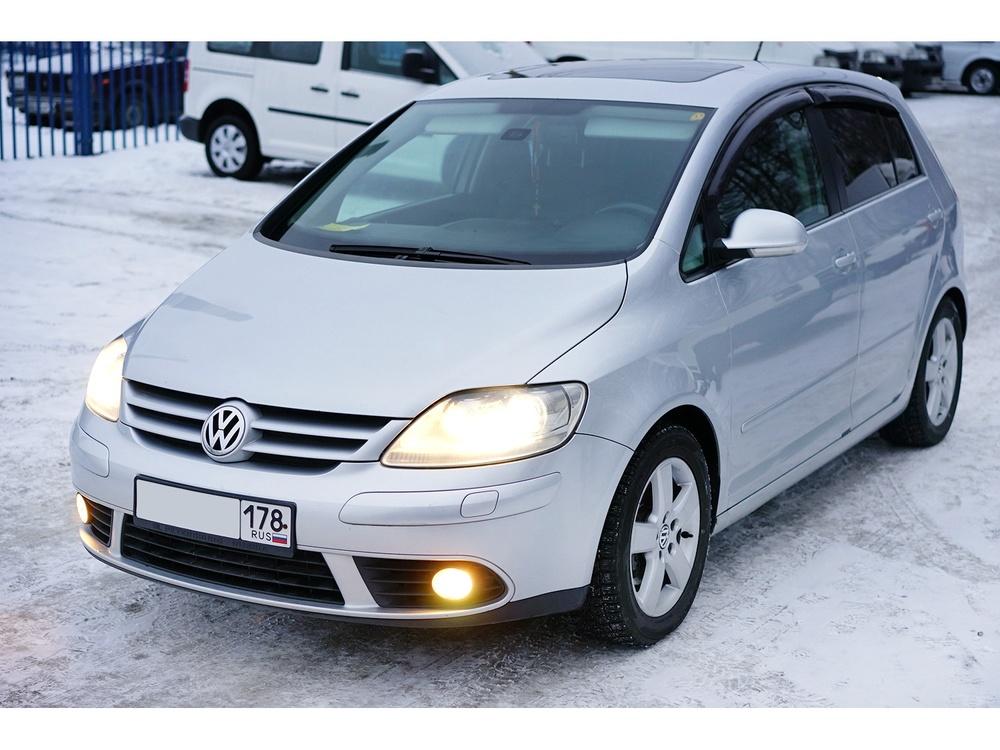 Подержанный Volkswagen Golf, отличное состояние, серебряный металлик, 2008 года выпуска, цена 545 000 руб. в Санкт-Петербурге