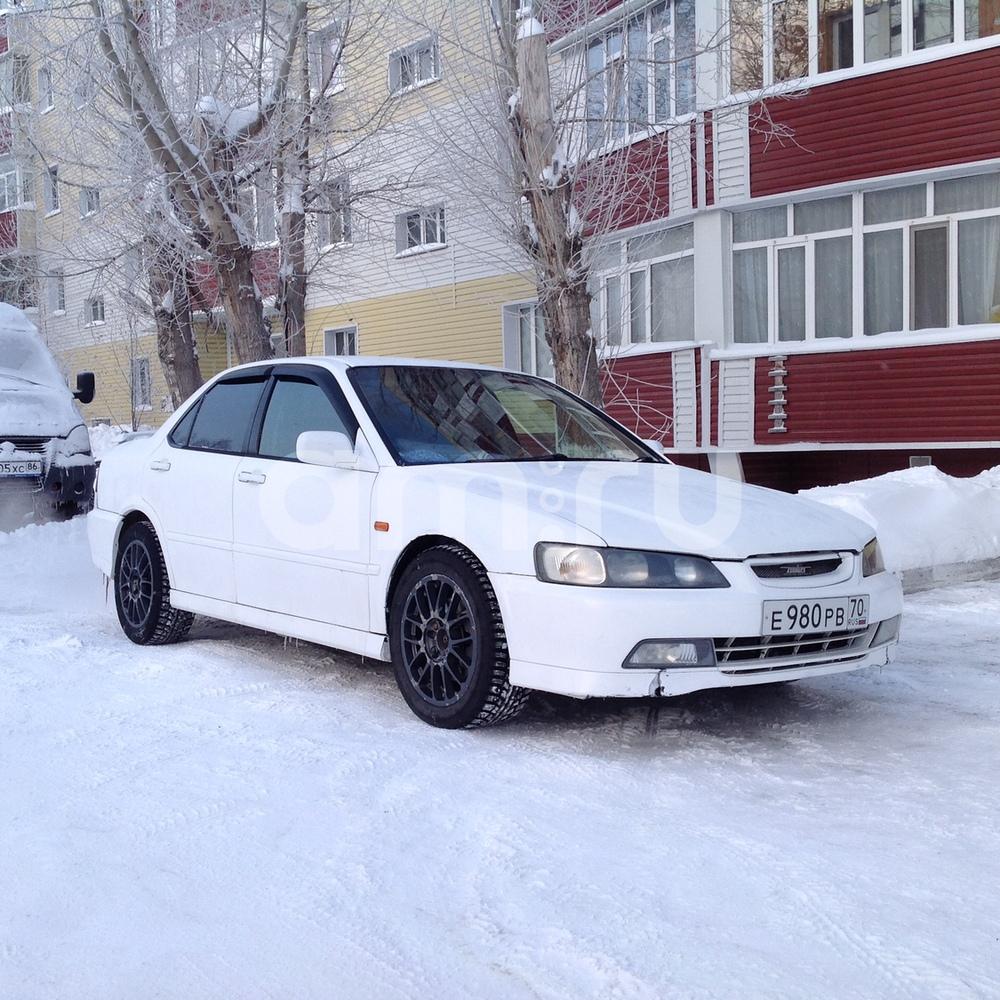 Подержанный Honda Torneo, хорошее состояние, белый , 1999 года выпуска, цена 200 000 руб. в ао. Ханты-Мансийском Автономном округе - Югре