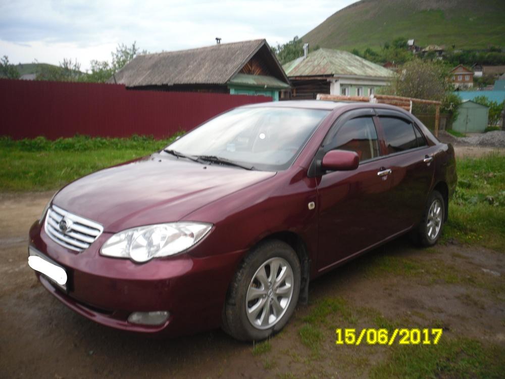 Подержанный BYD F3, отличное состояние, красный , 2012 года выпуска, цена 300 000 руб. в Челябинской области