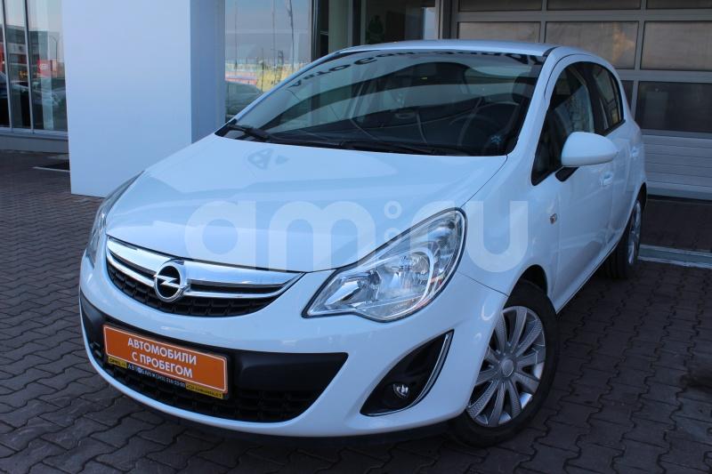 Opel Corsa с пробегом, белый , отличное состояние, 2011 года выпуска, цена 369 000 руб. в автосалоне Автобан-Запад (Екатеринбург, ул. Металлургов, д. 67)