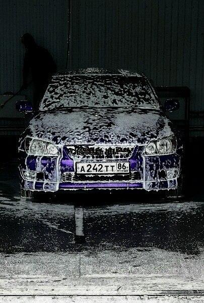 Подержанный Toyota Altezza, хорошее состояние, фиолетовый матовый, 1999 года выпуска, цена 370 000 руб. в ао. Ханты-Мансийском Автономном округе - Югре