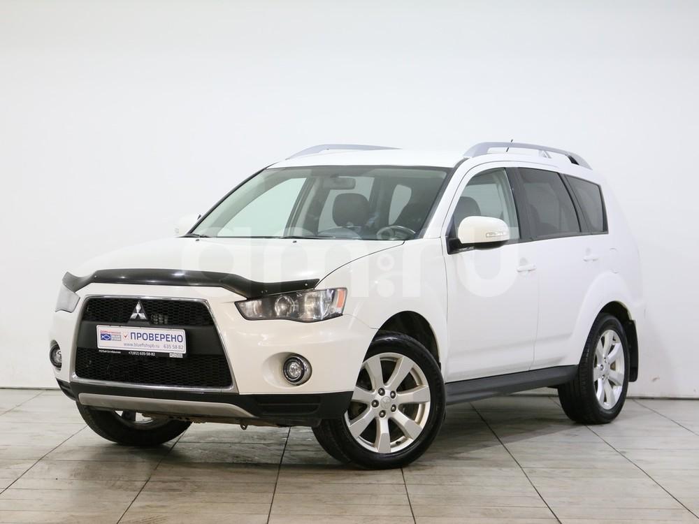 Mitsubishi Outlander с пробегом, белый , отличное состояние, 2010 года выпуска, цена 799 000 руб. в автосалоне  ()