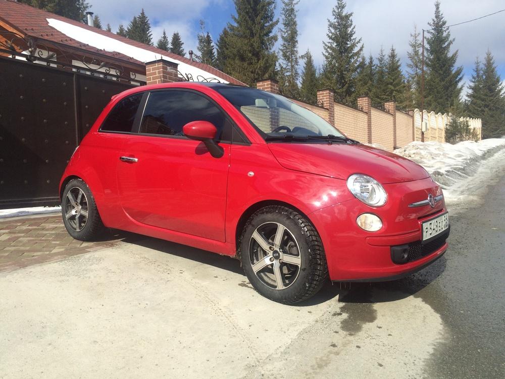Подержанный Fiat 500, отличное состояние, красный , 2010 года выпуска, цена 315 000 руб. в Екатеринбурге