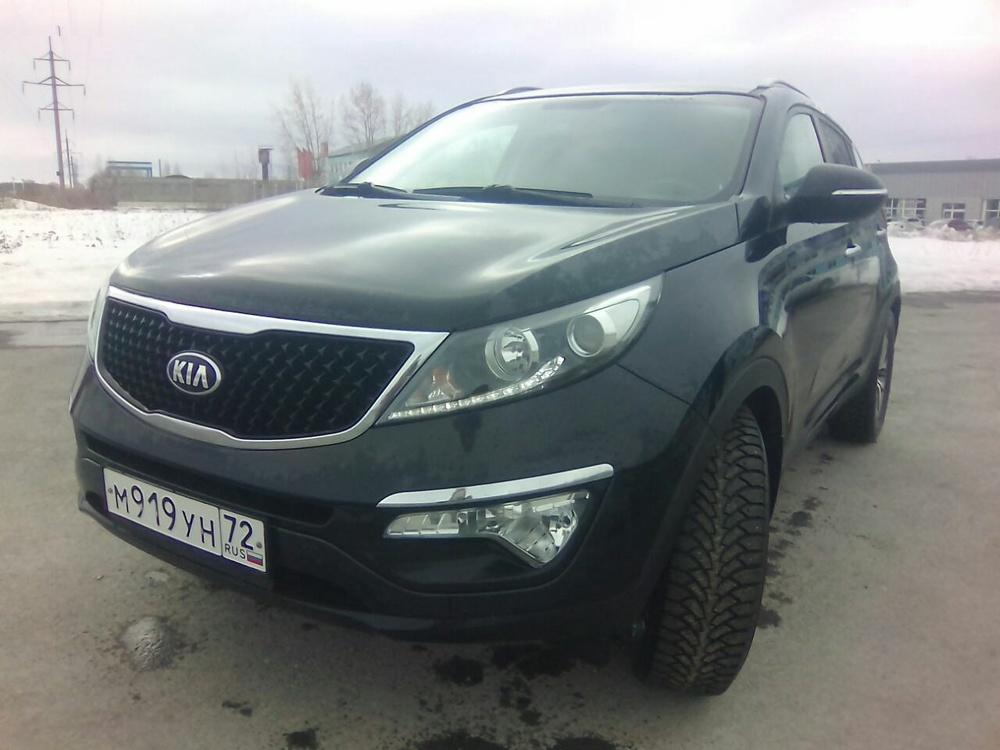 Подержанный Kia Sportage, отличное состояние, черный металлик, 2014 года выпуска, цена 1 180 000 руб. в Тюмени