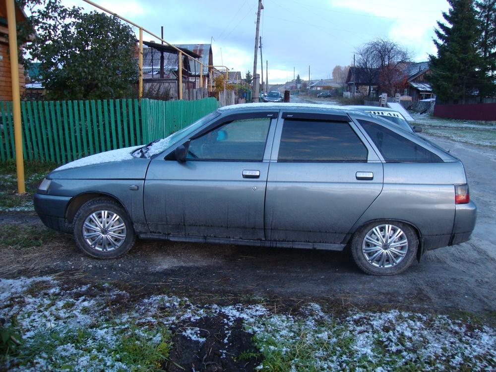 Подержанный ВАЗ (Lada) 2112, хорошее состояние, серый металлик, 2004 года выпуска, цена 105 000 руб. в Челябинской области