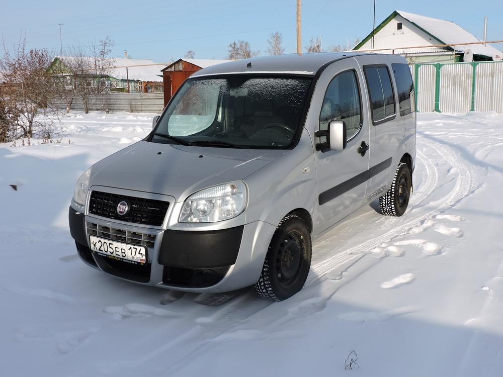 Подержанный Fiat Doblo, хорошее состояние, серебряный , 2008 года выпуска, цена 310 000 руб. в Челябинской области