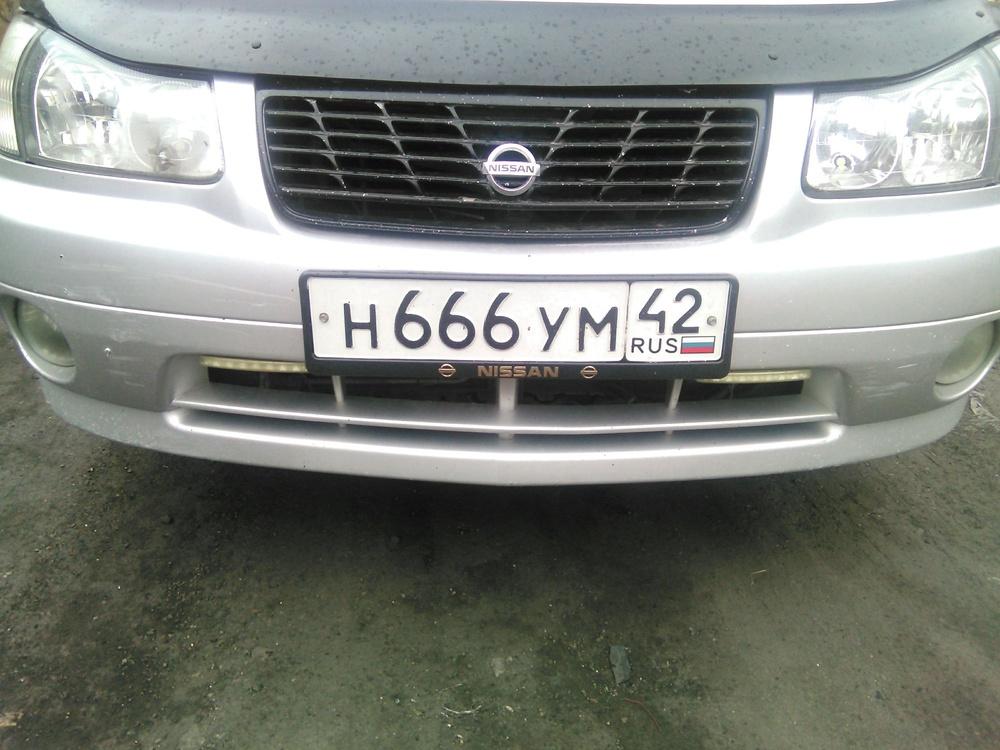 Подержанный Nissan Liberty, отличное состояние, серебряный , 2000 года выпуска, цена 200 000 руб. в Кемеровской области