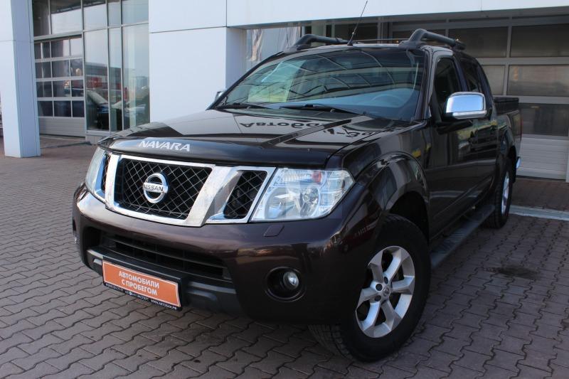 Nissan Navara с пробегом, коричневый , отличное состояние, 2013 года выпуска, цена 1 119 000 руб. в автосалоне Автобан-Запад (Екатеринбург, ул. Металлургов, д. 67)