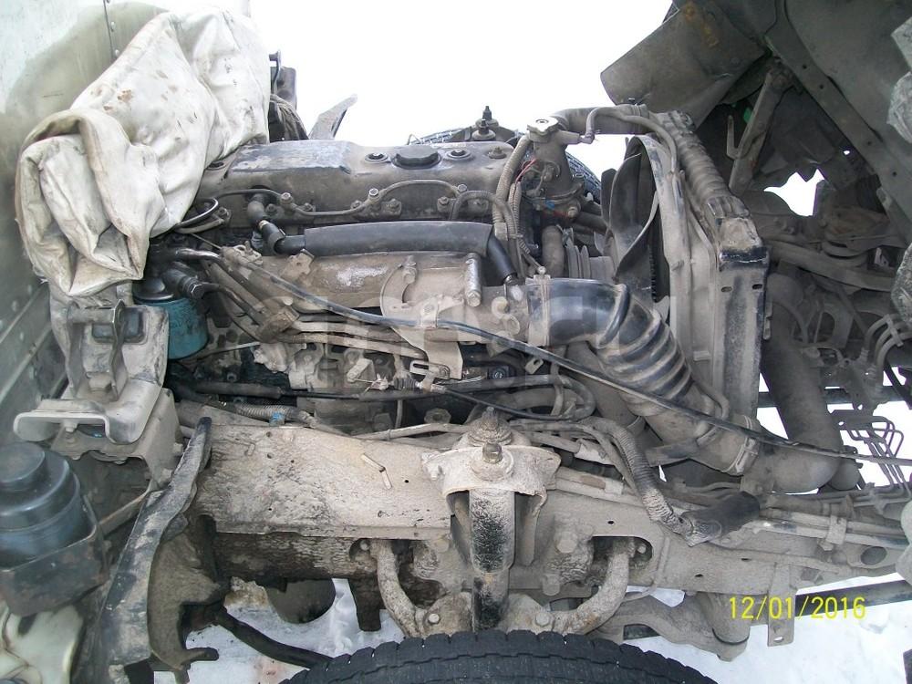 Подержанный Isuzu N-Series, хорошее состояние, зеленый , 1993 года выпуска, цена 330 000 руб. в Омске
