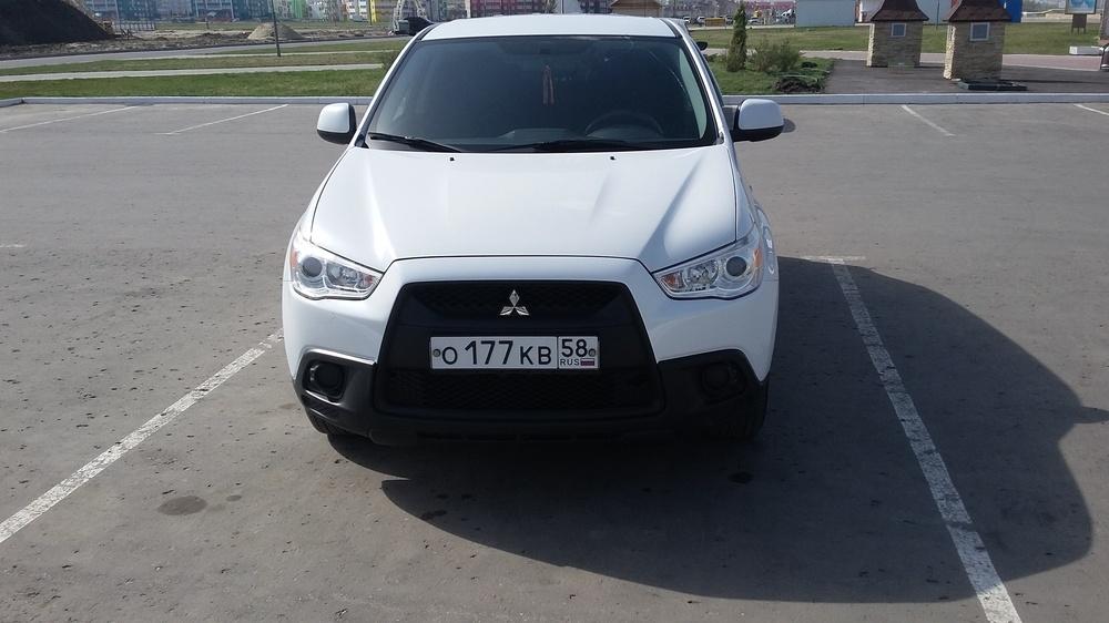 Подержанный Mitsubishi ASX, отличное состояние, белый перламутр, 2012 года выпуска, цена 720 000 руб. в Пензе