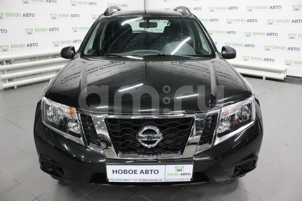 Nissan Terrano с пробегом, черный металлик, отличное состояние, 2017 года выпуска, цена 770 000 руб. в автосалоне Браво Авто (Уфа, проезд Базисный, д. 2Д)
