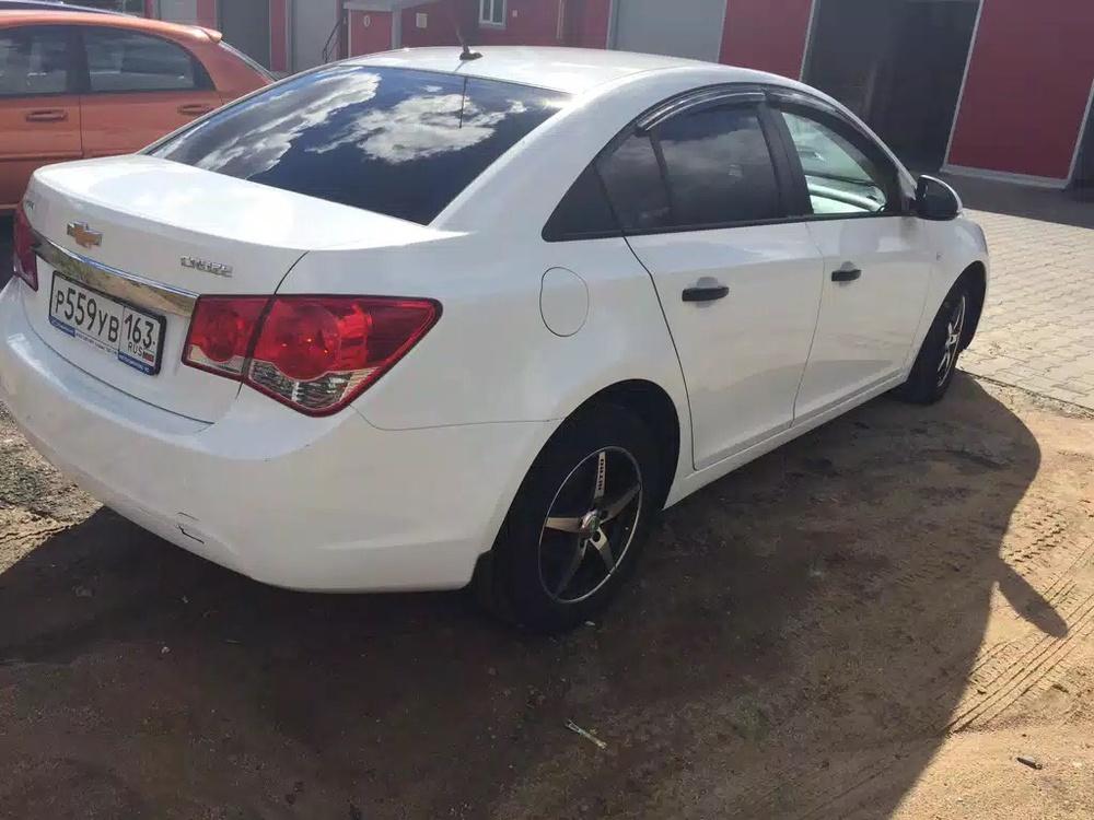 Подержанный Chevrolet Cruze, отличное состояние, белый , 2012 года выпуска, цена 465 000 руб. в Смоленской области