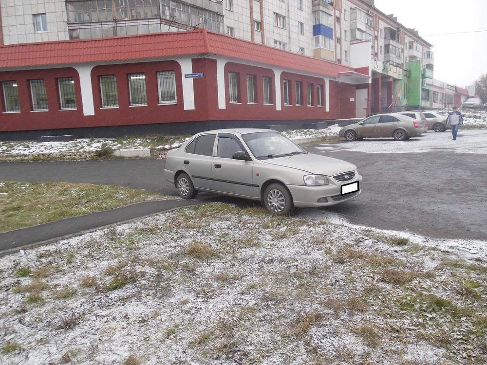 Hyundai Accent с пробегом, бежевый металлик, хорошее состояние, 2005 года выпуска, цена 217 000 руб. в автосалоне  ()