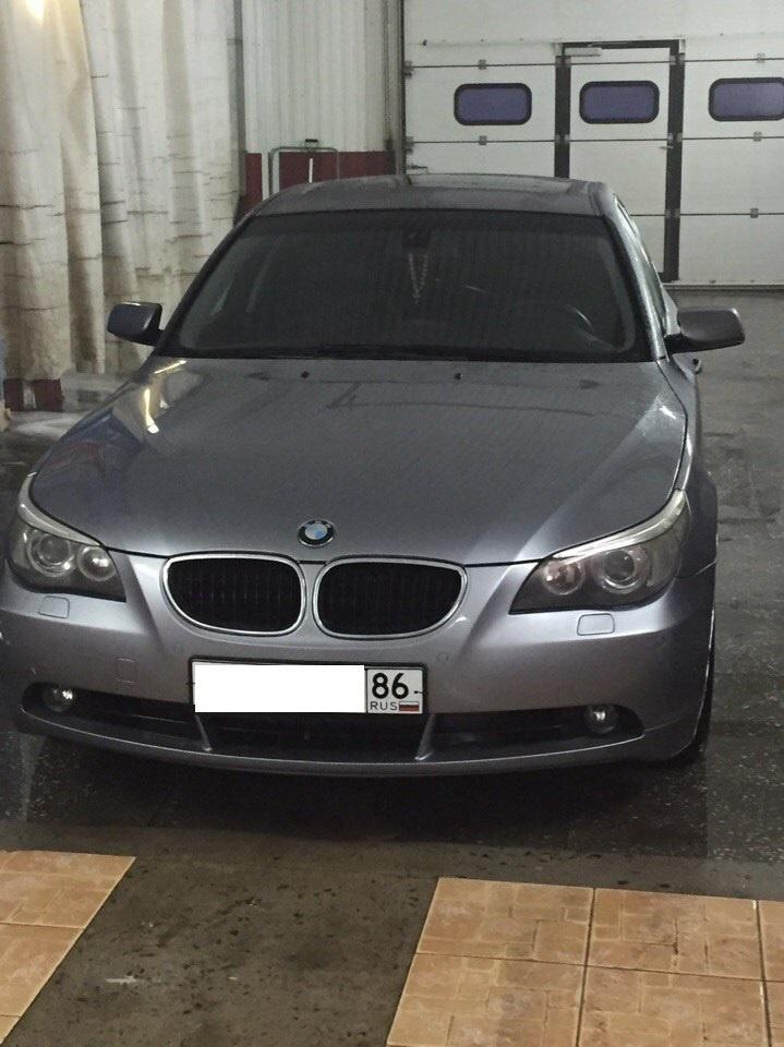 Подержанный BMW 5 серия, отличное состояние, серебряный , 2004 года выпуска, цена 580 000 руб. в ао. Ханты-Мансийском Автономном округе - Югре
