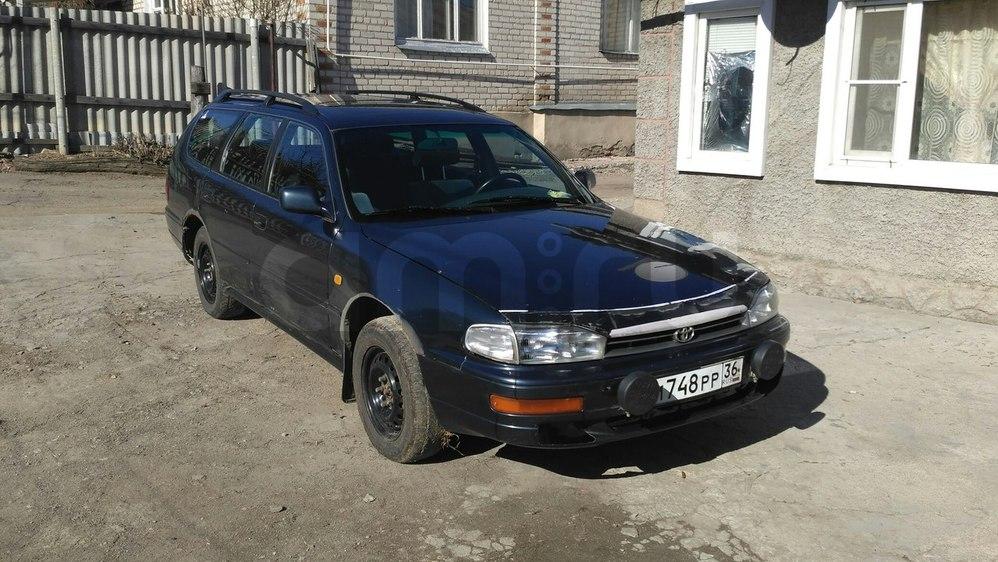 Подержанный Toyota Camry, среднее состояние, синий перламутр, 1993 года выпуска, цена 105 000 руб. в Воронежской области