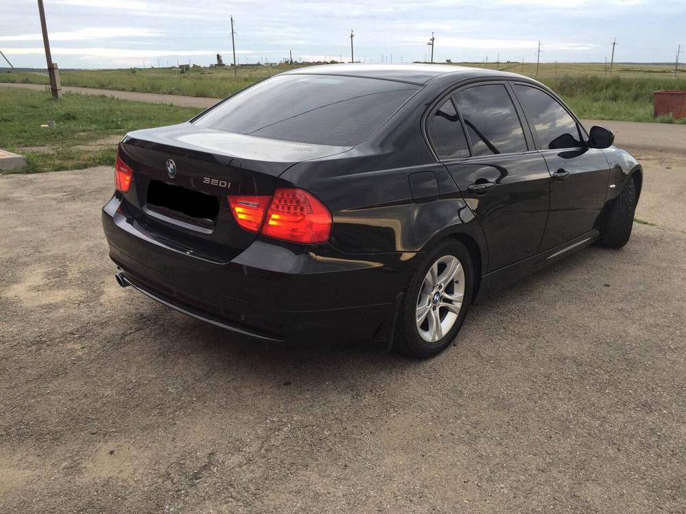 Подержанный BMW 3 серия, отличное состояние, черный металлик, 2011 года выпуска, цена 815 000 руб. в Челябинской области