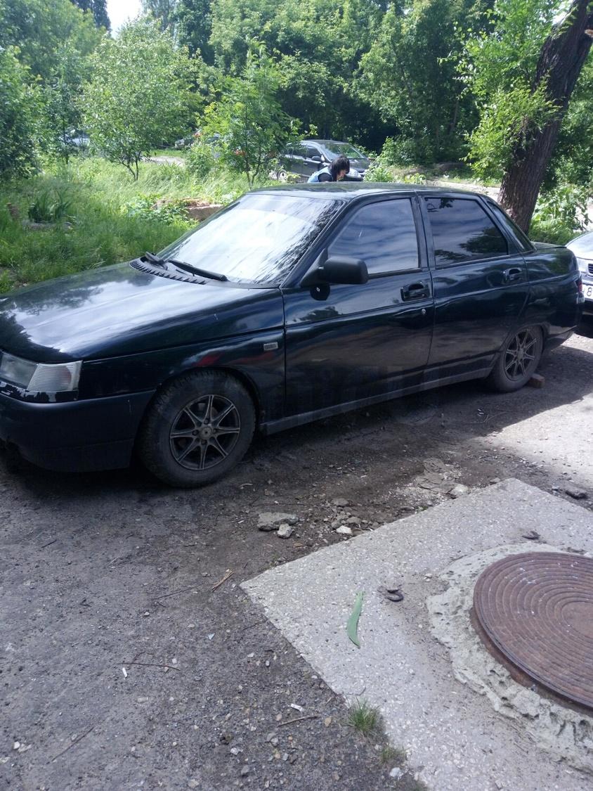 Подержанный ВАЗ (Lada) 2110, хорошее состояние, черный , 1998 года выпуска, цена 70 000 руб. в Саратове