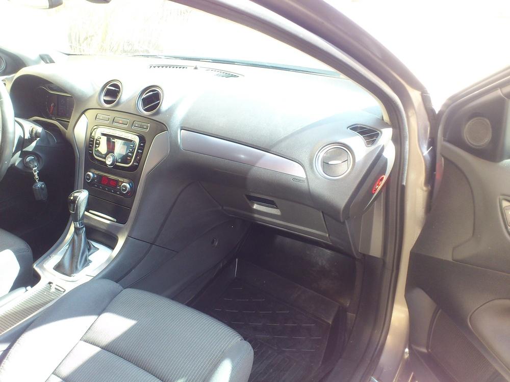 Подержанный Ford Mondeo, отличное состояние, серый , 2011 года выпуска, цена 650 000 руб. в Пскове