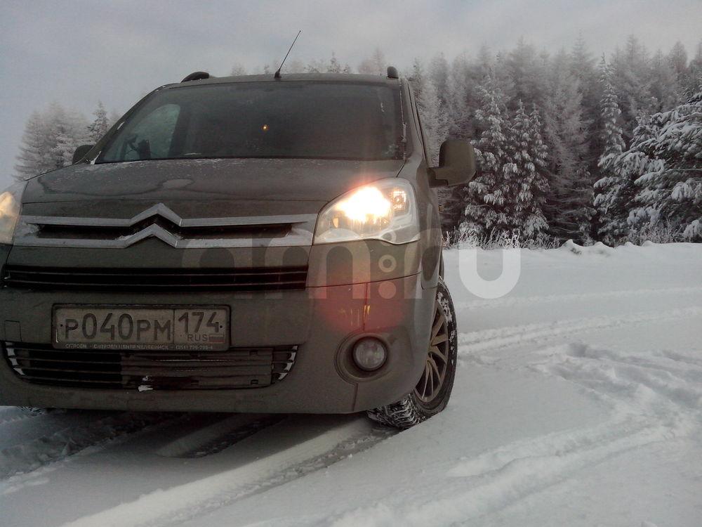 Подержанный Citroen Berlingo, отличное состояние, зеленый матовый, 2011 года выпуска, цена 450 000 руб. в Челябинской области