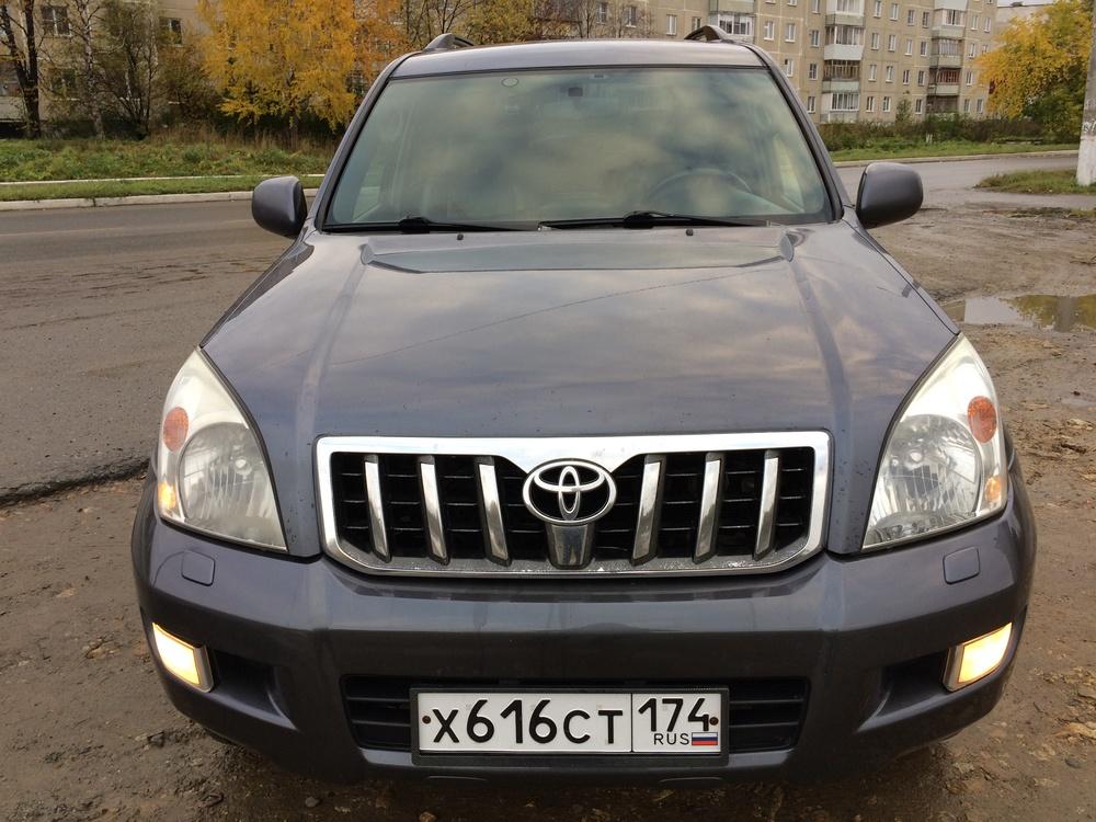 Подержанный Toyota Land Cruiser Prado, отличное состояние, серый , 2005 года выпуска, цена 1 120 000 руб. в Челябинской области