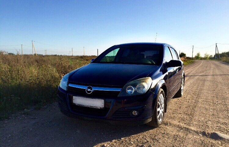 Подержанный Opel Astra, хорошее состояние, синий металлик, 2005 года выпуска, цена 300 000 руб. в Смоленской области