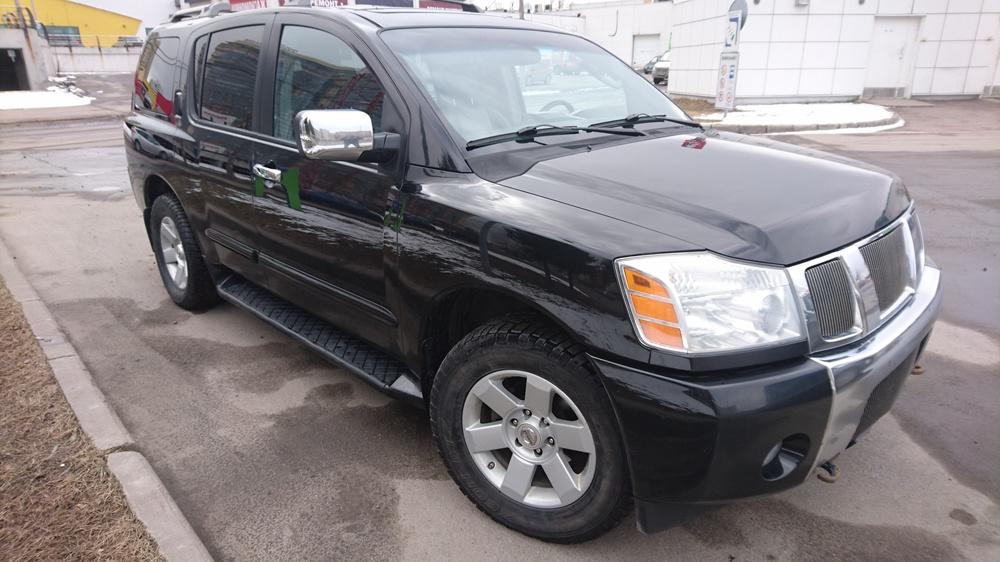 Подержанный Nissan Armada, хорошее состояние, черный металлик, 2004 года выпуска, цена 670 000 руб. в Санкт-Петербурге