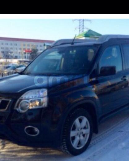 Подержанный Nissan X-Trail, отличное состояние, черный , 2012 года выпуска, цена 950 000 руб. в Челябинской области