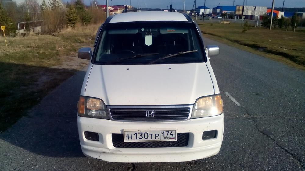 Подержанный Honda Stepwgn, среднее состояние, белый , 1999 года выпуска, цена 300 000 руб. в ао. Ханты-Мансийском Автономном округе - Югре
