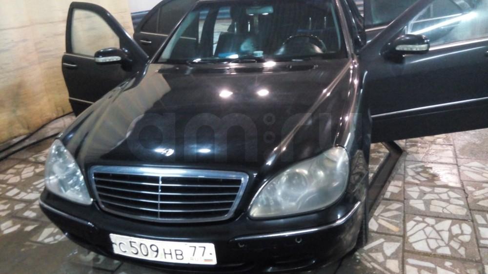 Подержанный Mercedes-Benz S-Класс, хорошее состояние, черный , 2000 года выпуска, цена 350 000 руб. в Тюмени