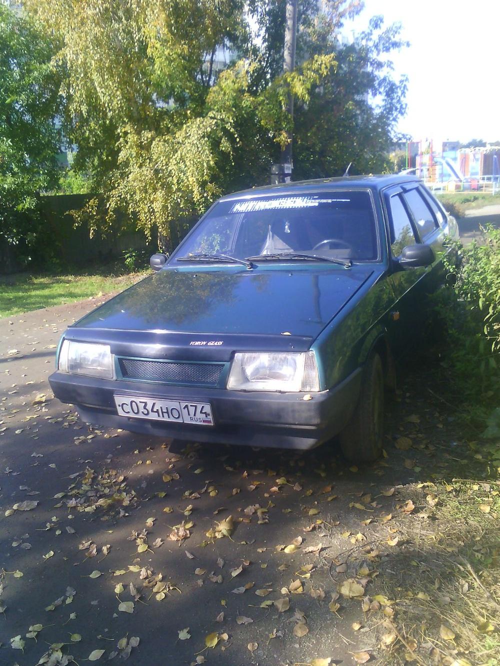 Подержанный ВАЗ (Lada) 2109, хорошее состояние, зеленый , 1999 года выпуска, цена 40 000 руб. в Челябинской области
