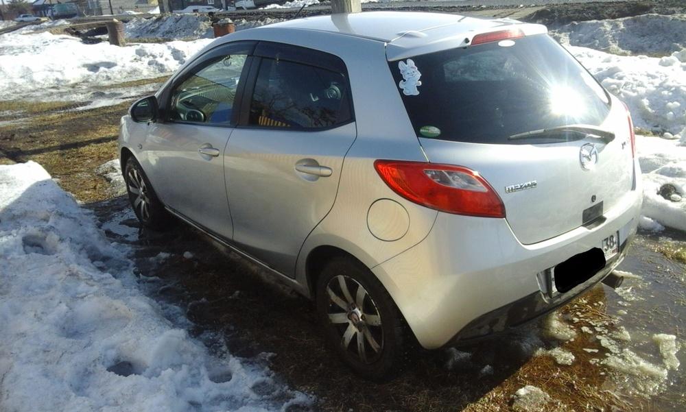 Подержанный Mazda Demio, хорошее состояние, серебряный , 2007 года выпуска, цена 330 000 руб. в Иркутской области