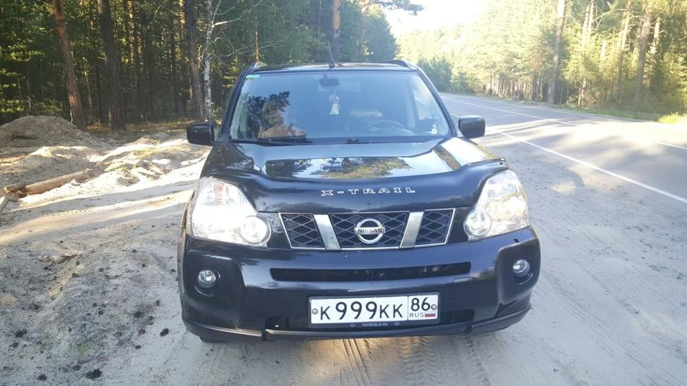 Подержанный Nissan X-Trail, отличное состояние, черный металлик, 2008 года выпуска, цена 700 000 руб. в ао. Ханты-Мансийском Автономном округе - Югре